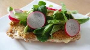 kanapka-humus1